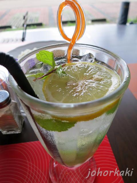 Jitterbug-Cafe-Johor