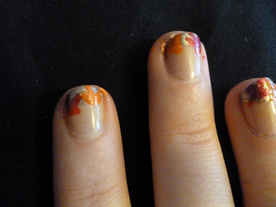 little shatter polish. I used Nails Inc Gold Glitter Crackle Effect