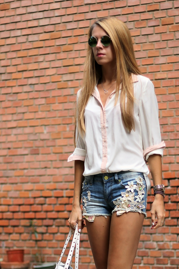 denim shorts, casual outfit, summer