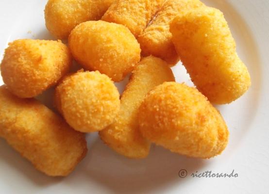Crocchette di patate ricetta classica di polpettine di patate