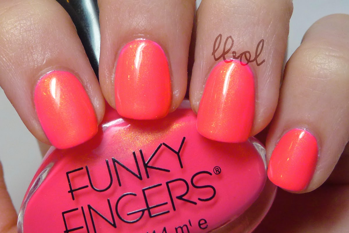 Funky Fingers - All The Rave Swatch