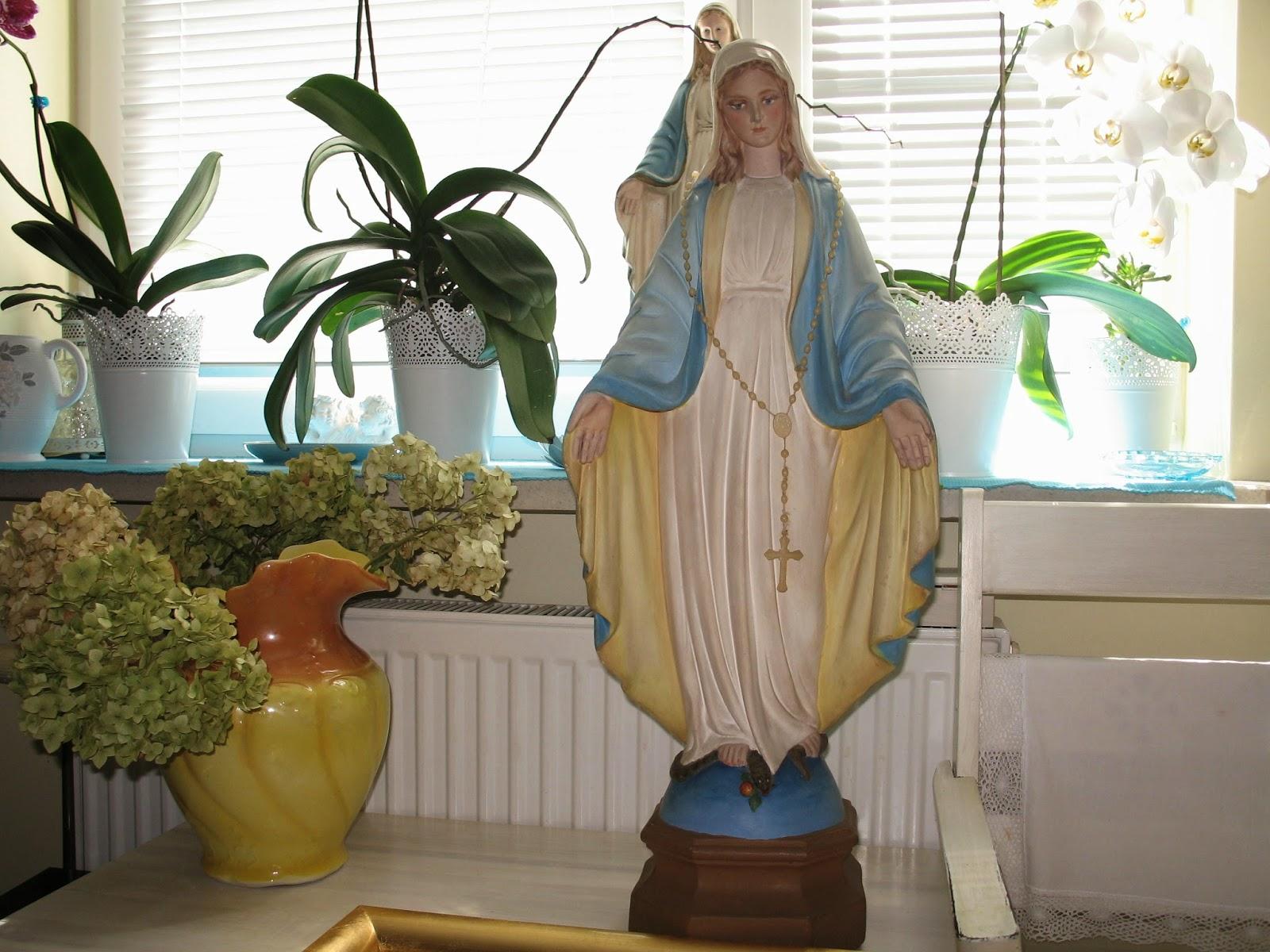 Matka Boska figura