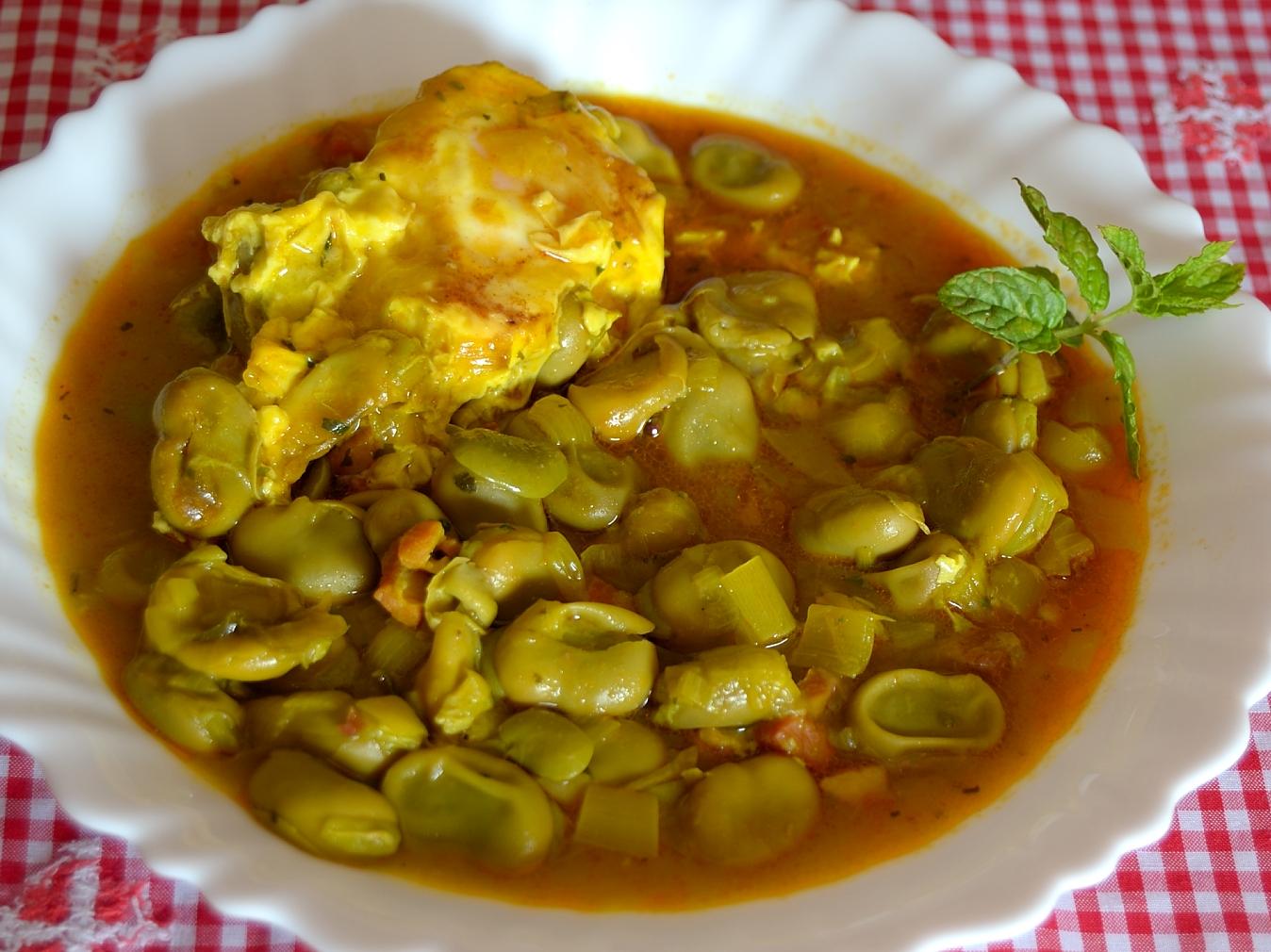 Vamos a hacer de comer habas frescas en salsa - Habas frescas con jamon ...
