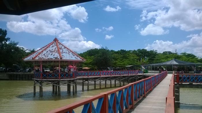 Pantai Dampo Awang Merupakan Satu Dari Sekian Wisata Unggulan Yang Ada Di Kabupaten Rembang Lokasi Tempat Wisata Pantai Di Rembang Ini Sangat Strategis