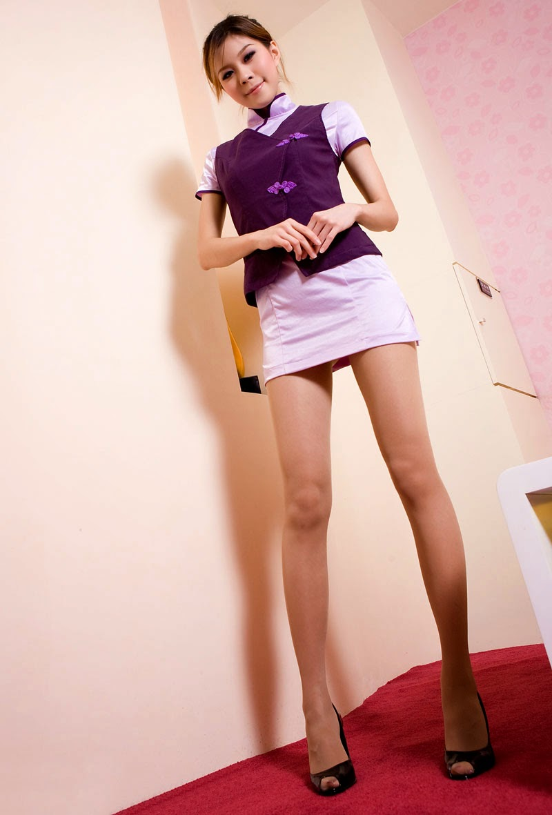 Stewardess Asian 81