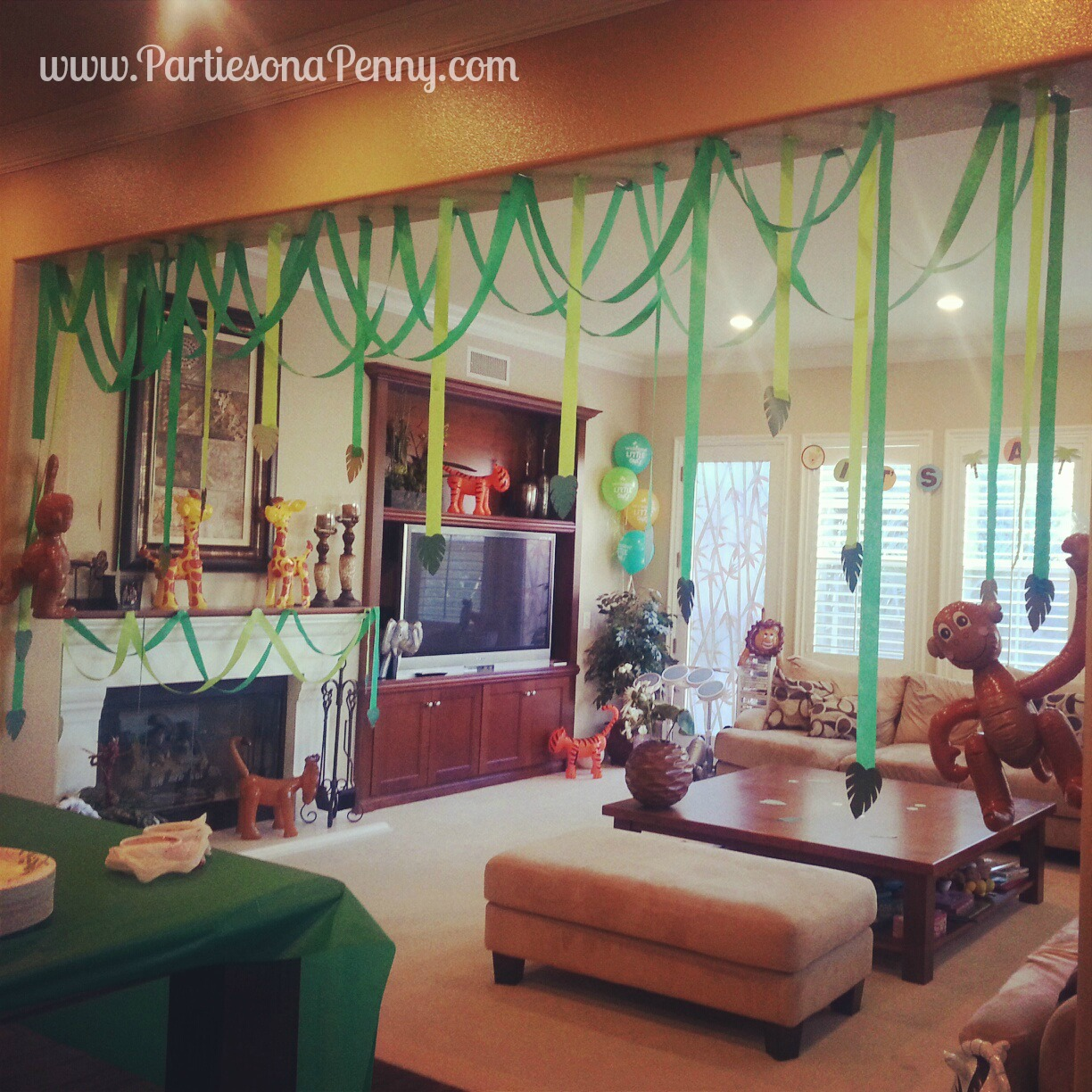 Parties on a penny my parties for Baby shower jungle theme decoration ideas