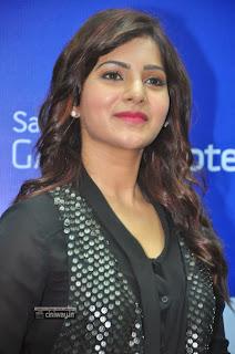 Samantha-Stills-at-Samsung-Galaxy-Note-III-Launch