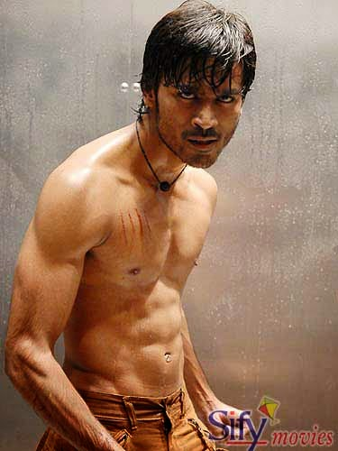 Dhanush six pack body love ur life ur world dhanush was earlier seen with a six pack vetrimarans action film polladhavi which turned out to be a hit and everyone is expecting the same with this thecheapjerseys Image collections
