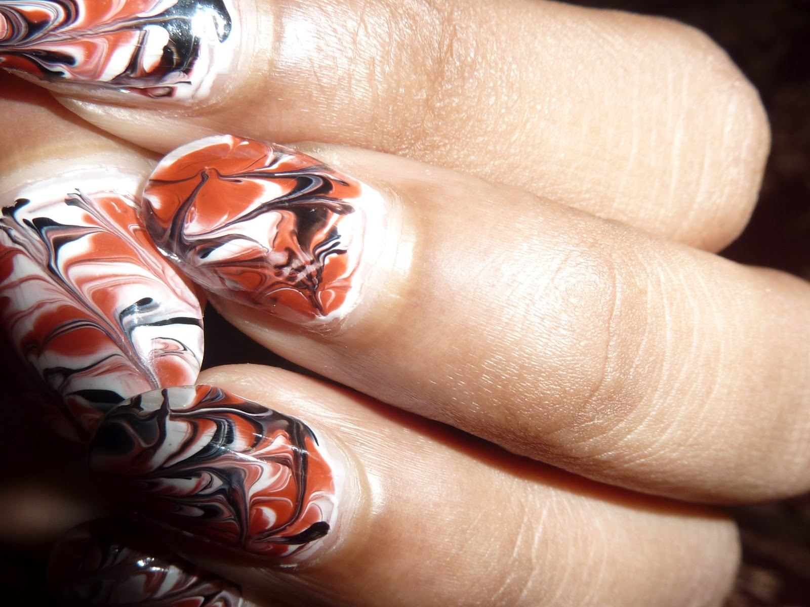 Tutorial : Nail Art : Marble Nail Art Effect Without Water