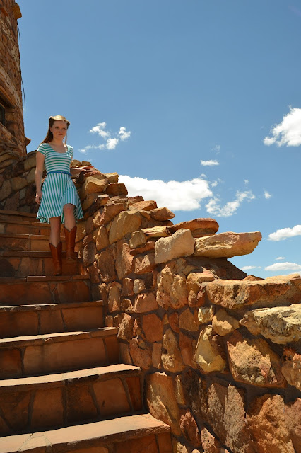 Flashback Summer: Vintage-Modern-Desert Fusion