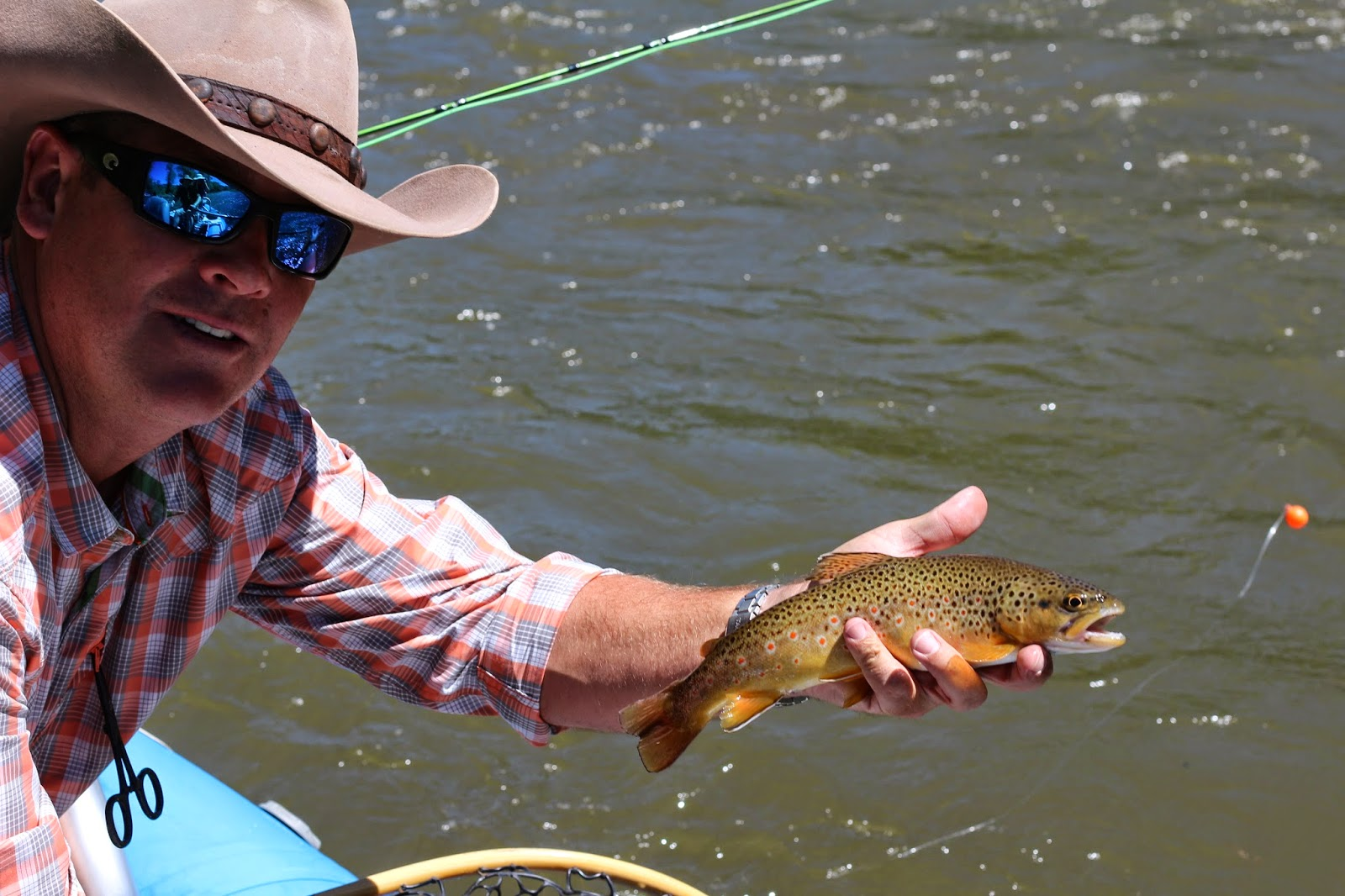 Roaring+fork+river+fly+fishing+with+Jay+Scott+Outdoors+7.JPG