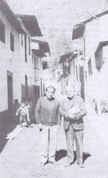 José María Arguedas con su amigo yauyino de la juventud el  Profesor Alejandro Cervantes