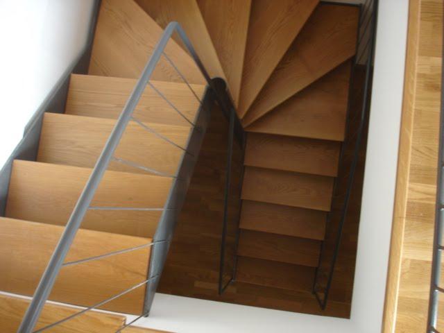 Xinzo de limia ourense escaleras duplex for Escaleras de duplex