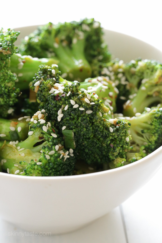 Sesame Orange Broccoli – an easy side dish recipe, perfect with fish, chicken or steak!