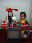NEW Electronic Kitchen Set,Foc CD player ,RM130 only!!!