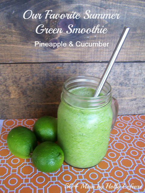 Green smoothies made with fresh ingredients are amazing and good for you.