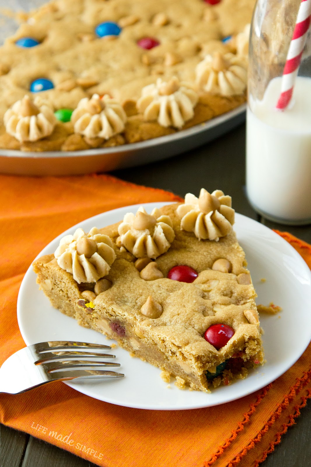 Life Made Simple: The Ultimate Peanut Butter Cookie Cake