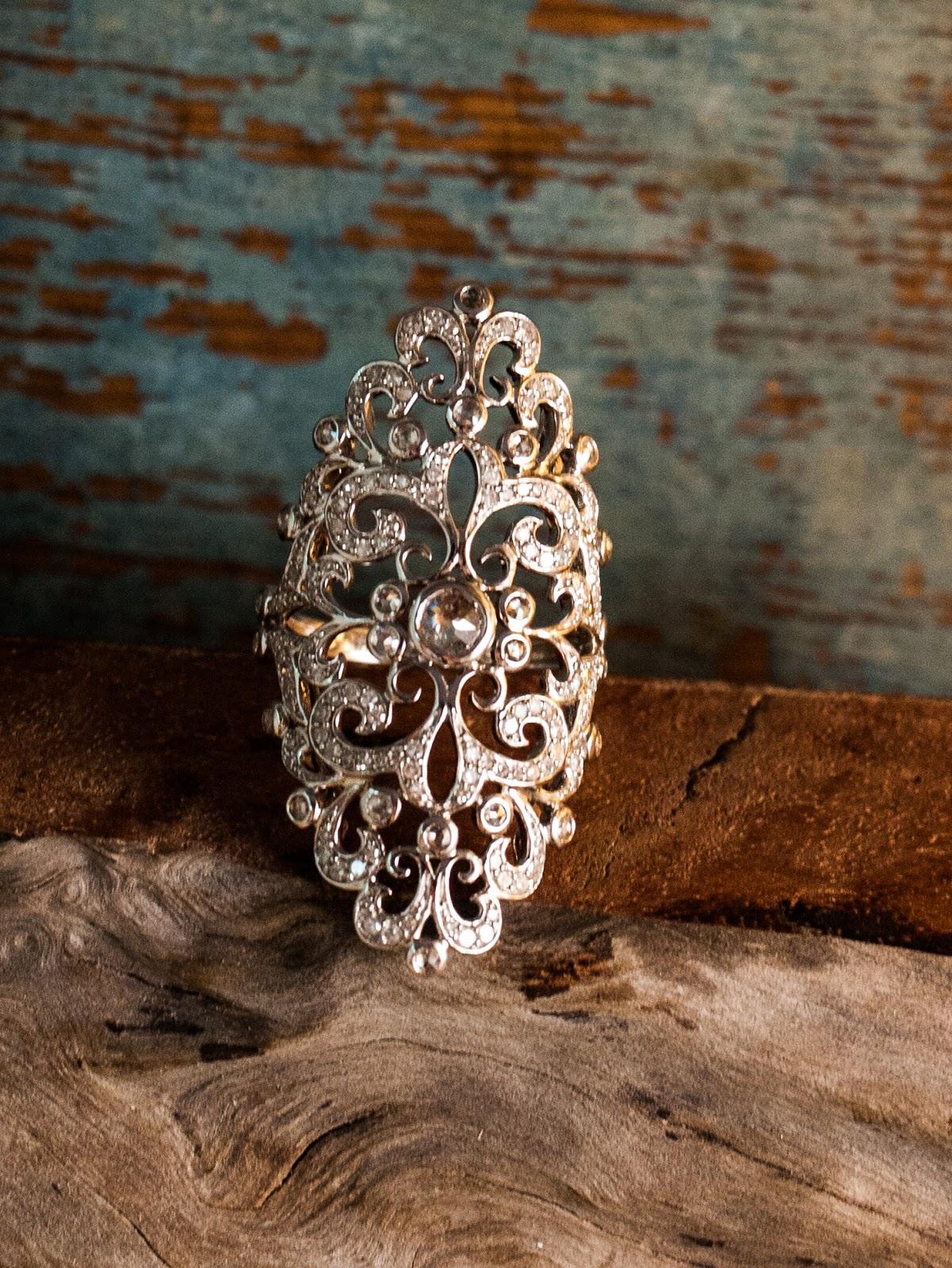 A Sympnony in White Gold and Diamonds DANIELLA KRONFLE