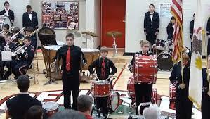 Il casse ses Cymbales lors de l'hymne américain