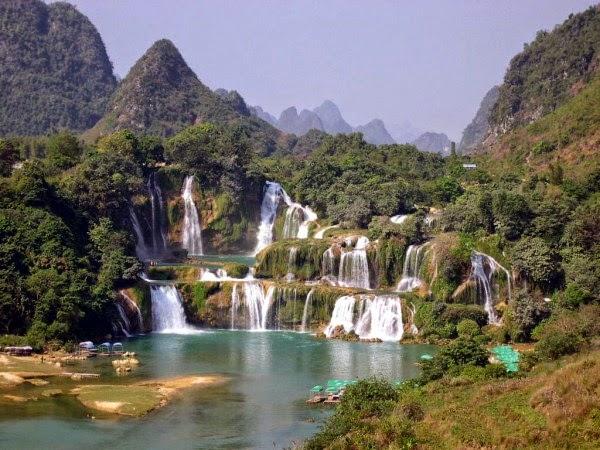 Detian – Banyue Falls, China / Vietnam