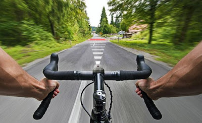 Best Biking Gadgets For The Avid Cyclist (15) 4