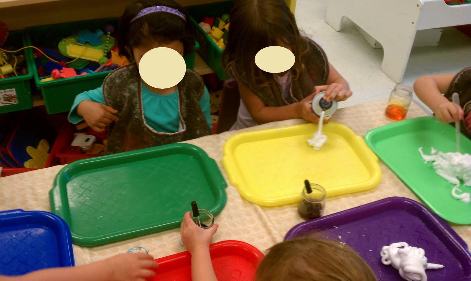 Play-Based Classroom: Mixing Colors With Shaving Cream!