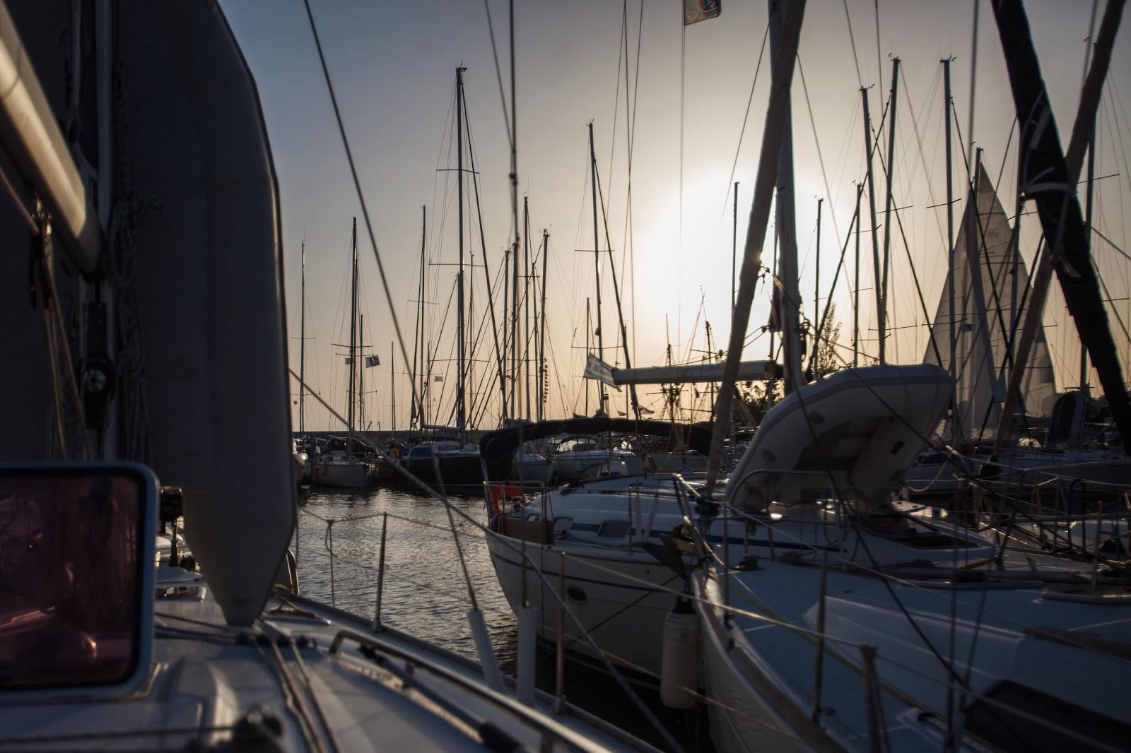 Яхтинг, лодки, марина Каламаки