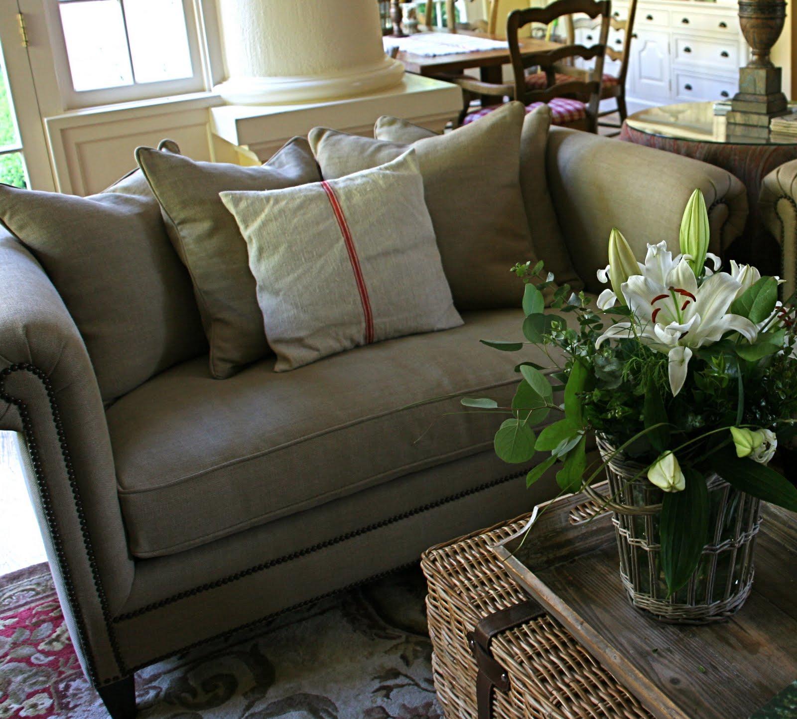 vignette design: The Family Room Reveal: New Sofa and Loveseat