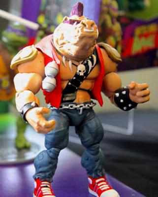 Playmates Teenage Mutant Ninja Turtles Classics Bebop figure
