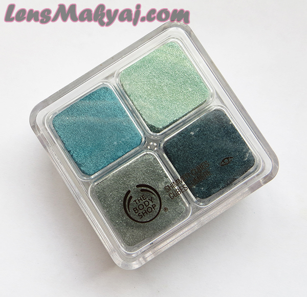 The Body Shop Shimmer Cube 22