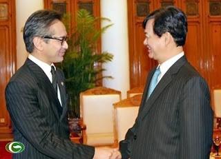 Thủ tướng Nguyễn Tấn Dũng hoan nghênh Bộ trưởng Marty Natalegawa sang thăm Việt Nam