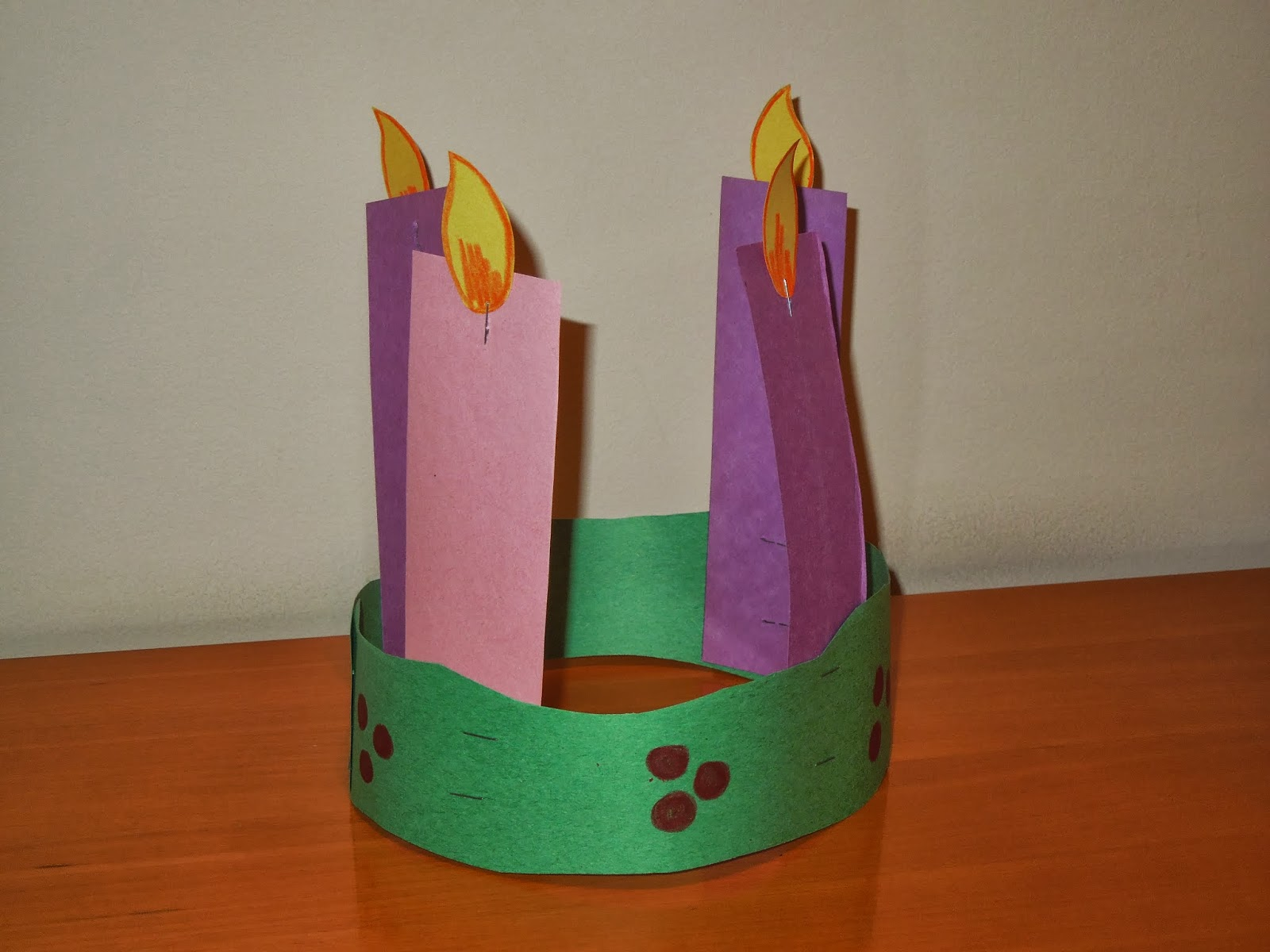 The Catholic Toolbox: Advent Wreath Link Up @ catholicmom.com