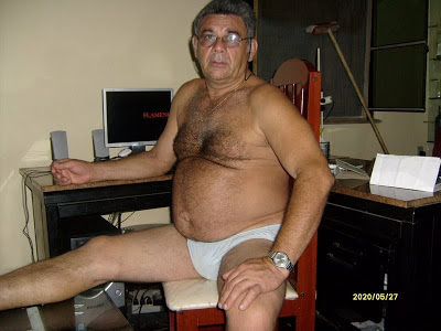 beautiful men photos - hairy gays pics - older daddymen