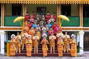 Pakaian Adat Tradisional Riau Artikel Berita Indonesia Terbaru