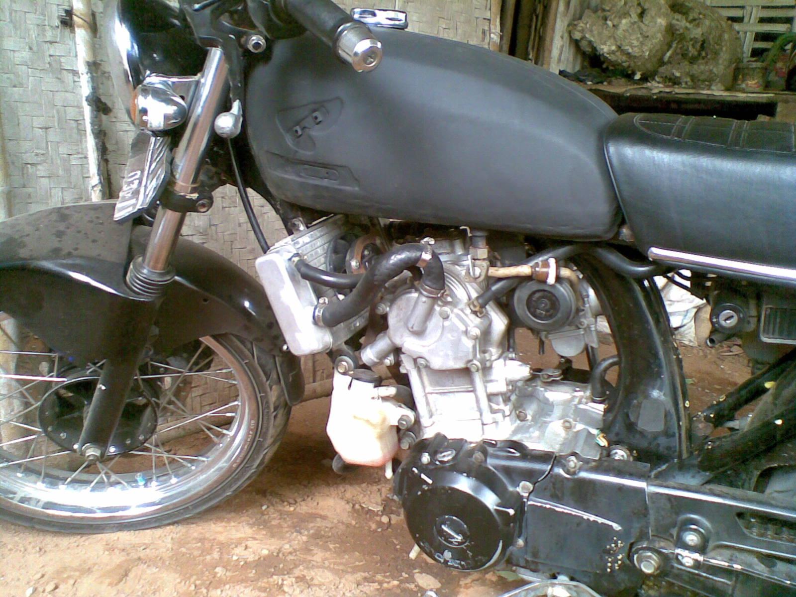 modifikasi motor CB 100 Klasik
