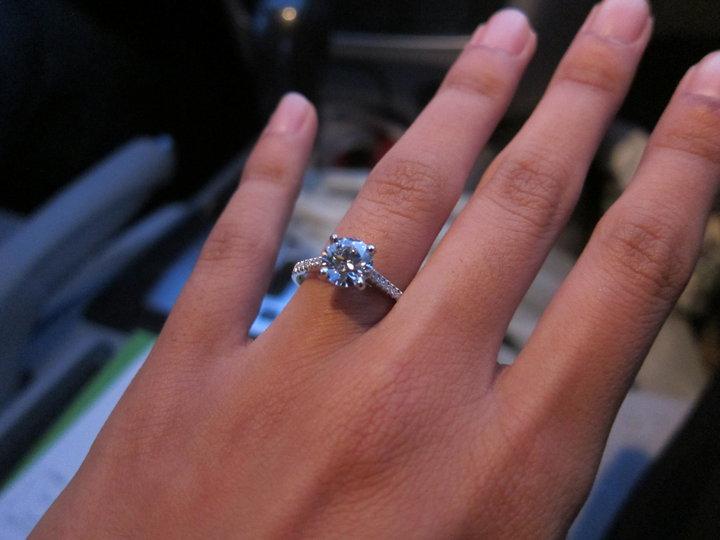 Ramblings Enagement rings how to make a small diamond look bigger