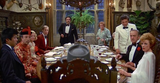 «Ужин с убийством», режиссёр Роберт Мур