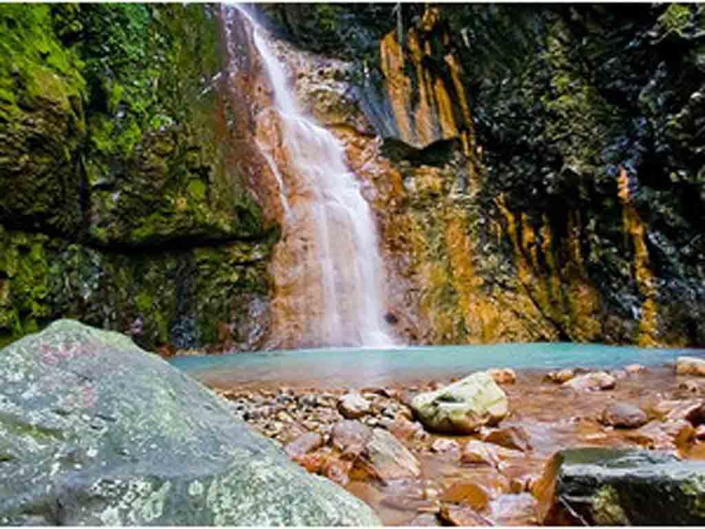 Curug Cigamea Wisata Alam Bogor Jawa Barat  Yoshiewafa