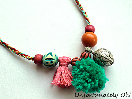 easy pompom and tassel necklace tutorial