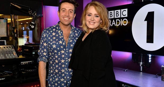 ADELE PREMIERES NEW SINGLE 'HELLO' ON BBC RADIO 1 (FULL INTERVIEW)