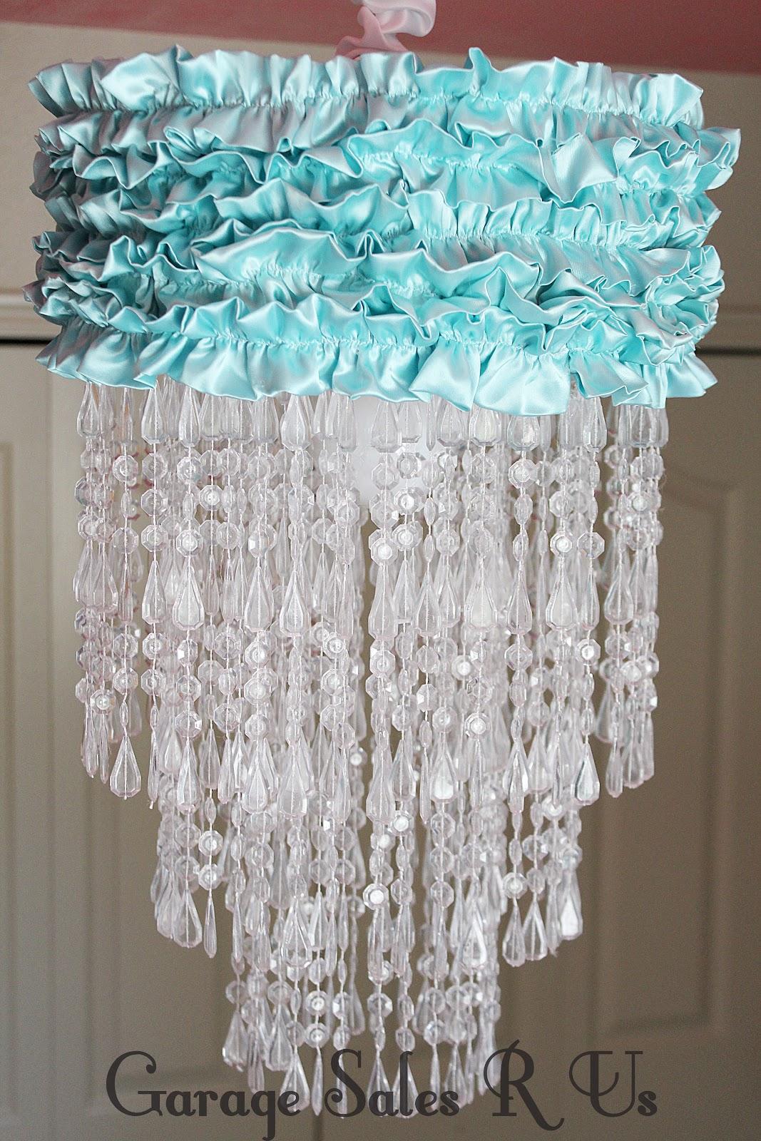 Garage sales r us diy chandelier img8663g mozeypictures Gallery