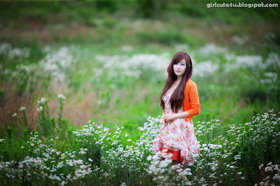 Ryu-Ji-Hye-Flower-Dress-11-very cute asian girl-girlcute4u.blogspot.com