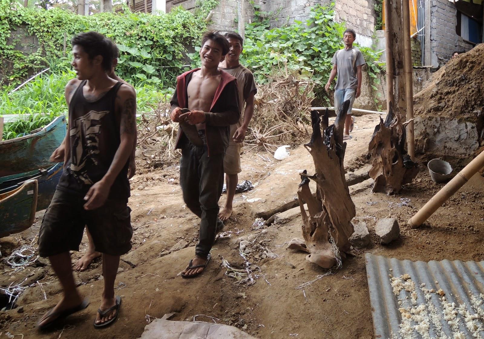 Balinese workers, teak
