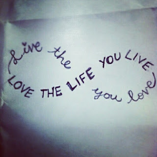 live and love the life Free alone quote wallpaper