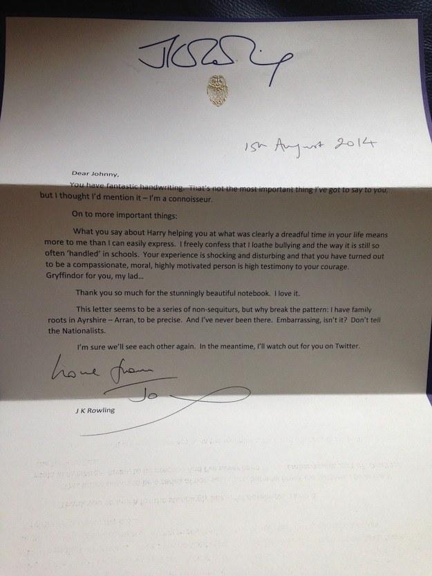 J.K. Rowling escreve carta emocionante para fã que disse sempre ser ignorado por ela no Twitter | Ordem da Fênix Brasileira