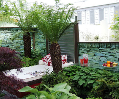 Fresh Small Backyard Landscaping Design