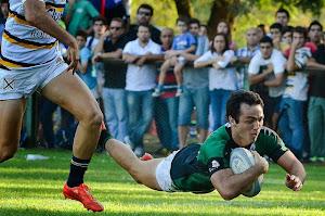 Tucumán Rugby ganó y sigue en carrera