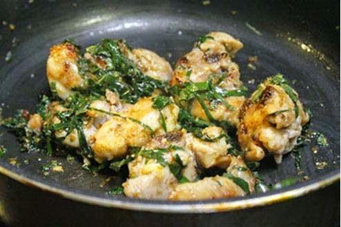 Stir-fried Chicken with Lolot Pepper Leaves - Gà Xào Lá Lốt