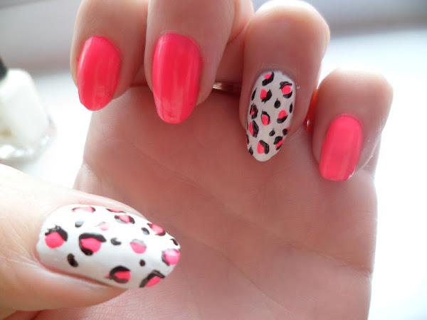Neon Pink Animal Print Nail Art