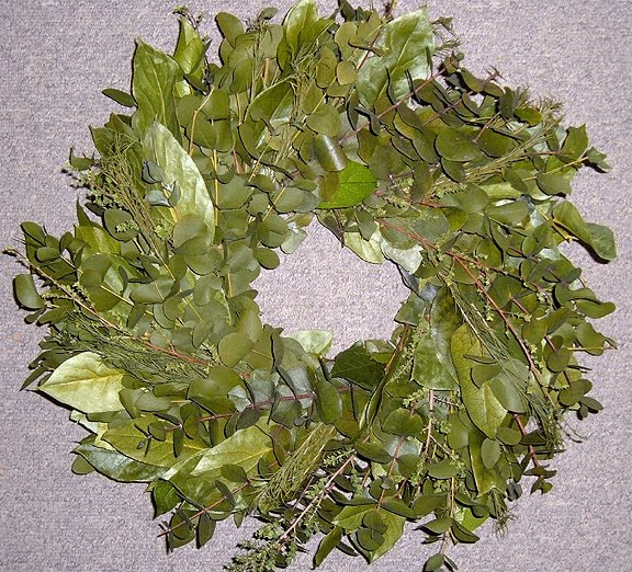 New wreath bases